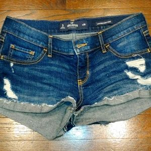 Hollister Distressed Denim Shorts...size 3/26